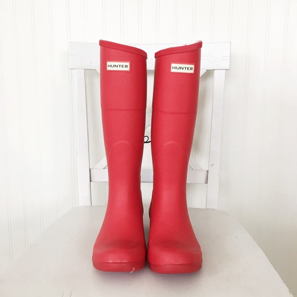 a098fa0b4c5 Hunter for Target tall boots red size 6 NWT
